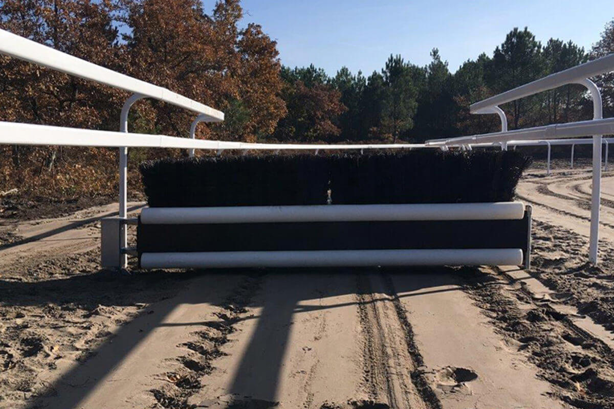PVC Fencing Solutions 5 double race rails from easyfix equine
