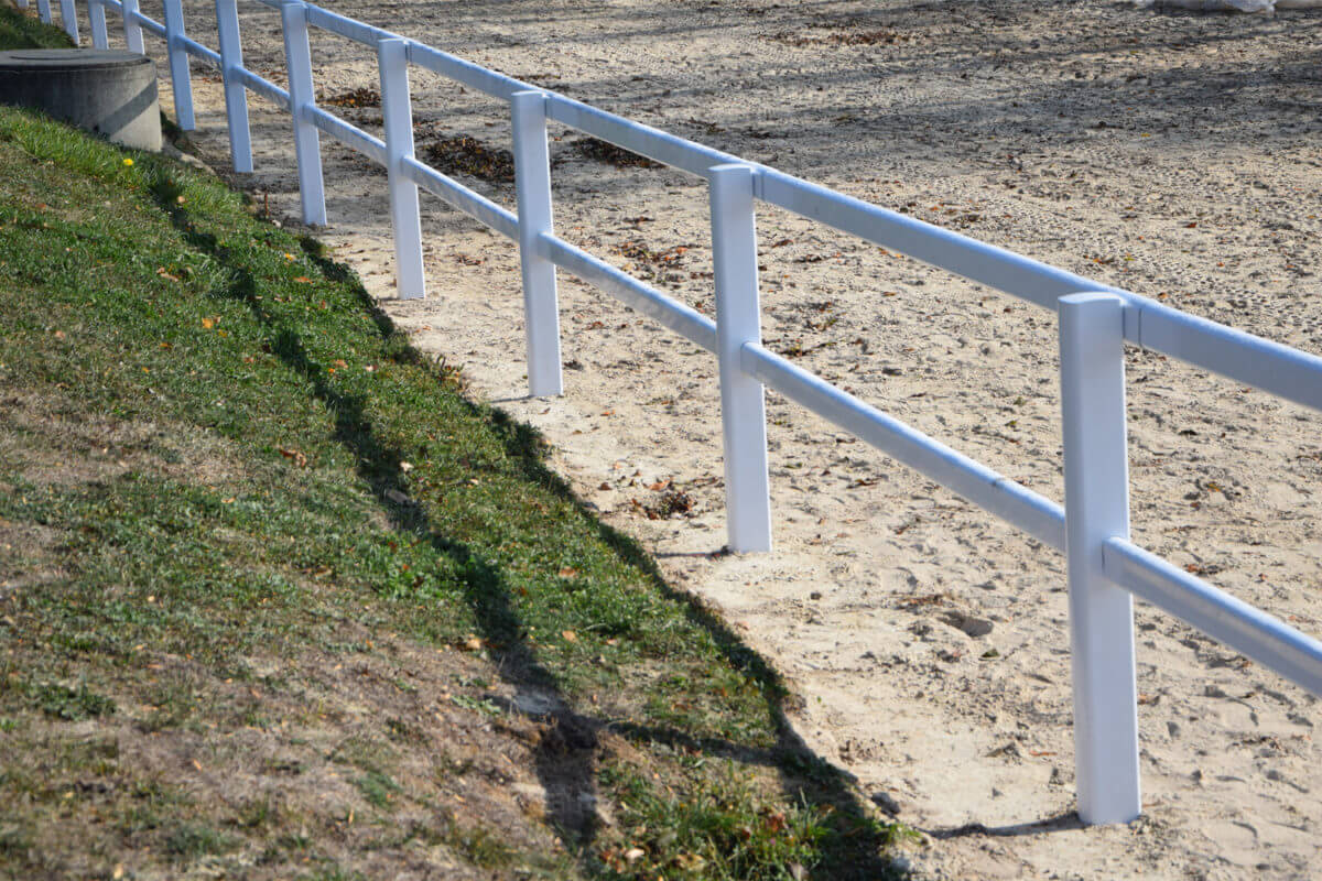 PVC Fencing Solutions 11 easyfix equine jumping paddock fence1