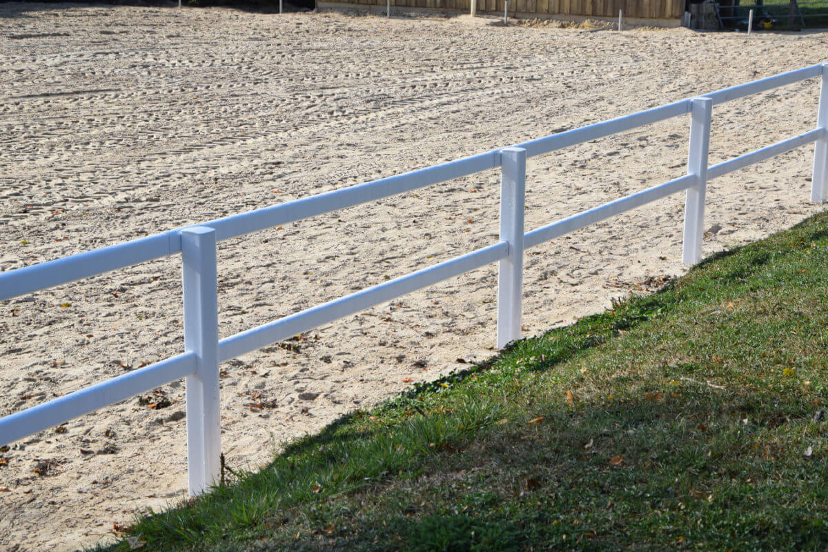 PVC Fencing Solutions 10 easyfix equine jumping paddock fence3