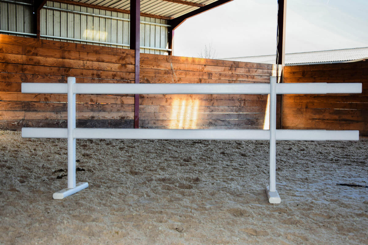PVC Fencing Solutions 16 easyfix equine mobile fencing 1