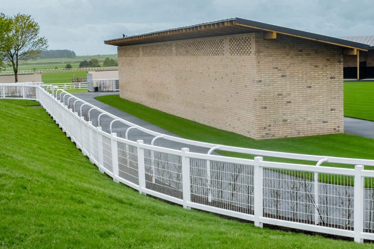 PVC Fencing Solutions 26 easyfix equine weldmesh crowd barrier1